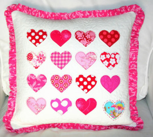 Quality and cute quilting Valentine's Day Pillow Idea